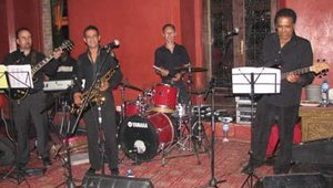 A band played a selection of traditional '70s and '80s pop and soul music during the dinner.
