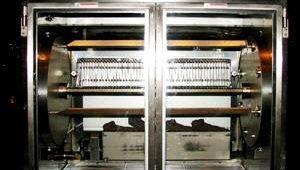 Hobart promoted its new electric self-cleaning rotisserie, which can hold up to 30 chickens at one time. The self-cleaning feature prevents grease buildup and keeps the glass door clear for customers to watch the cooking process.