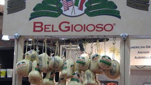 Bel Gioioso was one of several cheese suppliers found on the show floor. Representatives from the company lured in attendees by passing out free samples of mozzarella cheese.