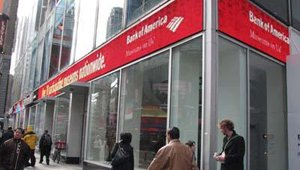 Bank of America on Broadway is another big-name bank in Manhattan that offers its customers a friendlier banking environment. Inside this branch.