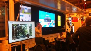 <p>The other side of the AOpen Digital Signage Road Show truck.</p>