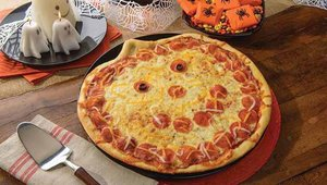 Papa Murphy's Jack-o-Lantern pizza returned for Halloween.