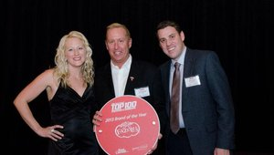 CEO Carl Howard (center) accepted recognition for Fazoli's as the No. 1 Mover & Shaker in the 2013 Fast Casual Top 100. Judges praised the brand for its bold move into the fast casual space and the ensuing turn-around it enjoyed.