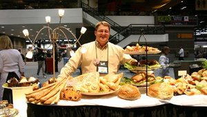 H.C. Brill continues to strengthen its foodservice presence by leveraging in-store bakery expertise and innovation. This year's exhibit featured a broad range of operator-friendly products including freezer-to-oven products.