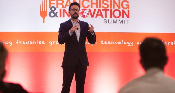 Slapfish CEO urges Summit attendees to 'make your most annoying