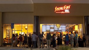 Fast casual Stonefire Grill orders up digital menu boards