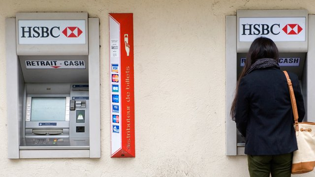 Is it time for French FIs to say 'Oui!' to independent ATMs?