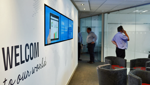 Maximize productivity and motivation in the workplace with digital signage