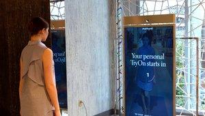 Neiman Marcus debuts digital mirror