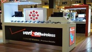 Verizon retailer deploys digital signage to boost customer experience
