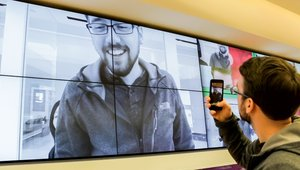 Microsoft snaps digital signage to create 'world's largest photo booth'