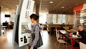 Order kiosks making a comeback in the restaurant industry