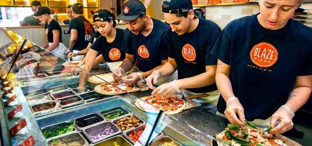The pace of fast casual pizza accelerates in 2014