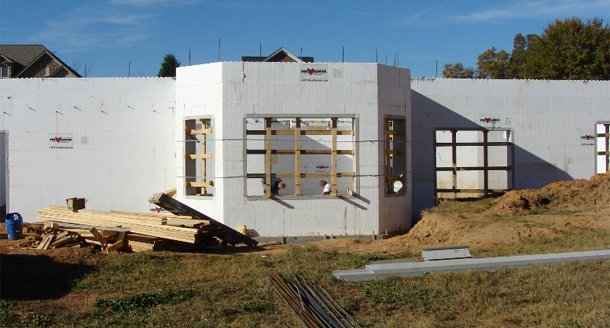 5 things you didn 39 t know about insulated concrete form for Concrete block construction homes