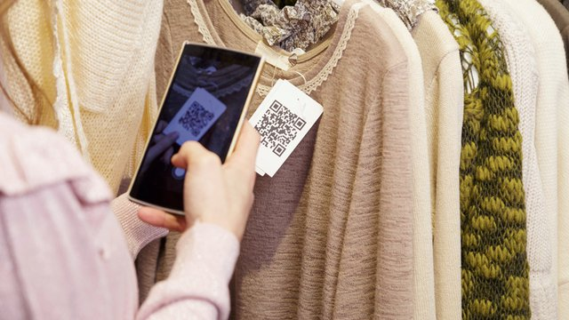 Mobile scan-and-go: From cashier to concierge