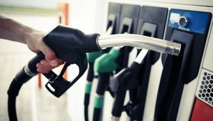 Digital signage at the pump: a consumer's perspective