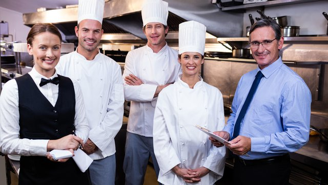 Your Pie franchisee offers 5 ways a great team experience leads to a great guest experience