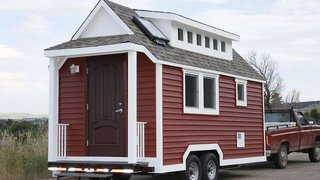 Plastics Make a Tiny House More Energy Efficient