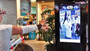Digital signage awakens the force of CX