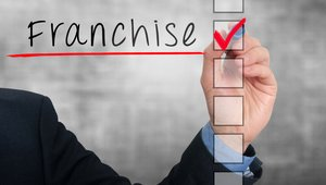 Infographic:What to look for in a franchisor