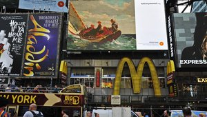 Digital signage takes 'Art Everywhere'
