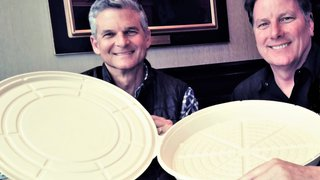 Biodegradable pizza box promises restaurateurs cost savings