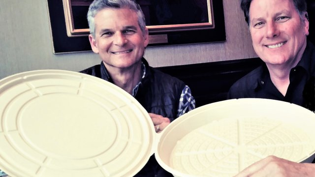 Compostable pizza box promises restaurateurs cost savings