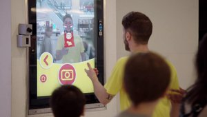 Lay's brings soccer to life with DOOH augmented reality