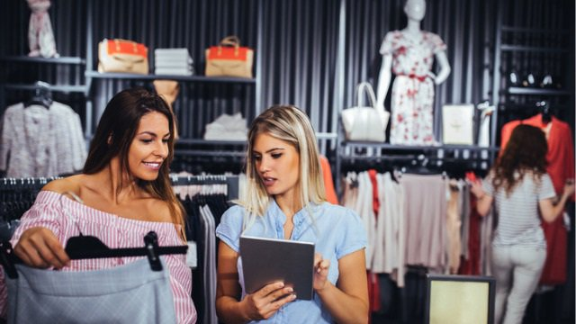 How brick-and-mortar retailers can attract business in an e-commerce world