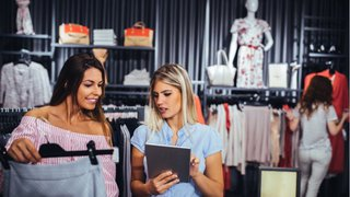 Everywhere and nowhere: Online retailers lagging behind on contactability