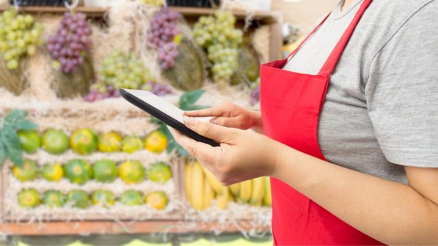 Educated and prepared store associates key to successful brick-and-mortar stores