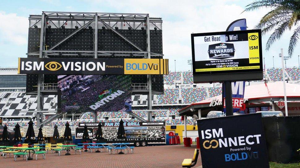 Digital signage drives into Daytona 500