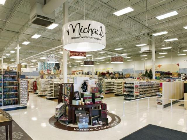 Michaels new store experience retail customer experience for Michaels craft store denver