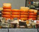 Cheese prices jump as wheat drops