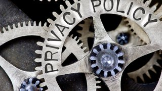 How to avoid 5 restaurant employee privacy breaches