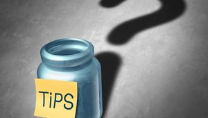 New tip pool mandates could yield big fines for violating brands