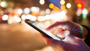 What are some big issues facing mobile payments?