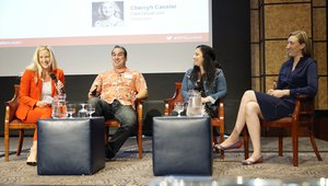"Cherryh Cansler, director of Networld Media Group, moderates a panel, ""Going Big with a Small Budget."" with Bill DiPaola, CEO of Dat Dog; Stacey Kane of Think Food Group and Laura Sporrer of Hu Hot Mongolian Grill. Photo credit: Ryan Cansler"