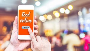 Learning from the best and the worst restaurant apps
