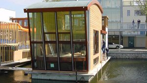 Radiant heat in a houseboat