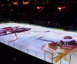 Pro hockey, pro hoops try out digital signage projection tech