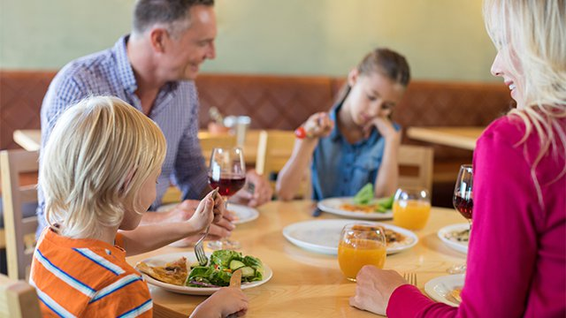 The Pros and Cons of Family-friendly Restaurants