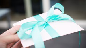 Mobile gift rewards can have an impact this holiday season