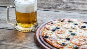 Craft beer: Does it belong on pizza menus?