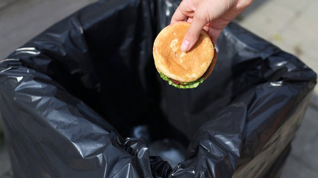 5 ways to conquer food waste without spoiling the customer experience or the bottom line