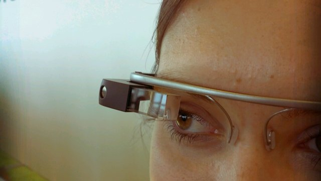 Wearable technology brings a new world of opportunity to the restaurant industry