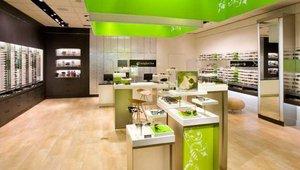 Sunglass Hut store redesign