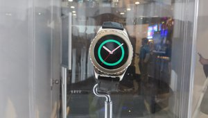 <p><em>The SamsungGear 2 smartwatchwill feature Samsung Pay support caompatibilitywith iOS, the company said.</em></p>