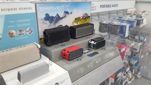 Braven Bluetooth® audio brand expands their wireless speakers line at retail with demonstration displays.