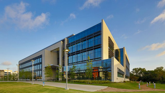 Ut Dallas Expands Sustainable Practices Earns Recognition